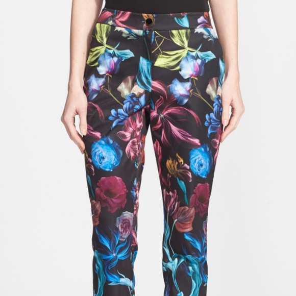 449a93c632c7 NWT Ted Baker London Kaify Flower print trousers
